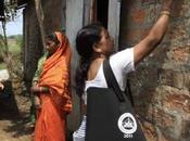 L'India dota della Carta Identità Elettronica biometrica l'Italia disfa