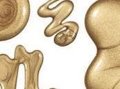 Gold gold nail polish