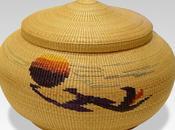 Cesto wancho (pianta cipero) decorato motivi geometrici