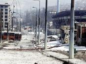 BOSNIA: Sarajevo, aprile 1992, quando iniziarono sbocciare rose