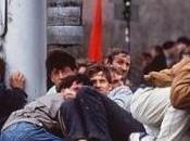 vent'anni dall'assedio Sarajevo. 11541 sedie rosse vuote viale Maresciallo Tito