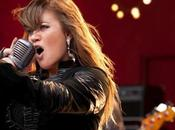 Kelly Clarkson compie oggi anni! Auguri!