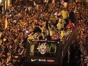 Juventus trionfo Torino: migliaia tifosi festa scudetto (VIDEO)