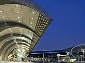 Trasporto aereo: record passeggeri aeroporto Dubai quarto mese fila