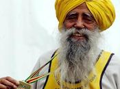 FOLLIE E... anni Fauja Singh RECORD mondo alla Maratona Edimburgo