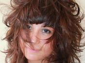 Moda taglio capelli lunghi mossi chic romantico donna matrix
