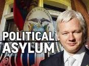 Oliver Stone Micheal Moore salvare pelle all'antipatico Assange