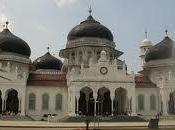 """Islam, libertà sviluppo: libro """"caso Indonesia"""""""