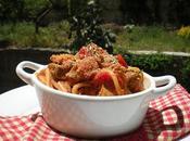 Primi Piatti Siciliani Ricetta Spaghetti tonno pane tostato semi finocchio
