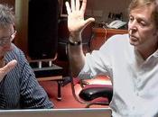 Paul McCartney lavorando alle musiche gioco sviluppato Bungie