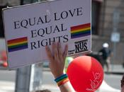 Francia: senato riconosce reato transfobia