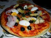 Pizza fatta casa: morbida sopra croccante sotto