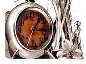 passaggio L'indugiare poetico versi Anastasia suono dell'orologio, Luca Pensa Editore). Intervento Eliana Forcignanò