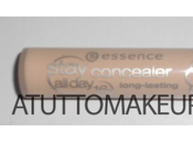 "Correttore Essence ""Stay long-lasting"": swatch review"