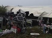 Motley Crue Incidente stradale camion della strumentazione (foto)