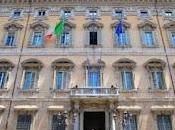 Dipendenti Senato: stipendi 150mila euro l'anno!