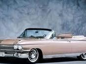 Cadillac sponsorizza comunismo maccartisti rivoltano nella loro tomba