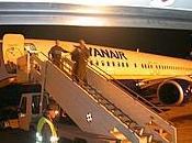 Zecche volo Ryanair Londra passeggeri Pronto soccorso Ciampino