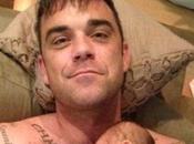 """Vip: Robbie Williams, """"mia figlia stava morendo sotto miei occhi"""""""