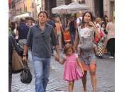 Alessio Vinci passeggio Roma famiglia: foto