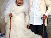 Fanno foto nozze anni dopo matrimonio...