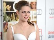 Kristen Stewart Road Premiere Vampy manicure Celebrity nail star