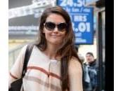Katie Holmes York viaggia metropolitana