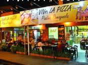 """Brasile dicono """"VIVA PIZZA""""! storia italiano locale."""