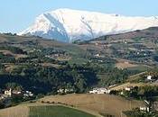 Governo Monti appeso filo durante lotta mentre spread risale. cancellerà anche Monti?