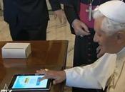 Papa Twitter scatena l'inferno: migliori tweet @Pontifex