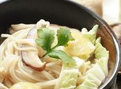 Noodle soup pollo,zenzero shitake