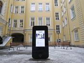 Russia dedicano monumento Steve Jobs