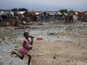 Recensione macerie Haiti ValigiaBlu.It
