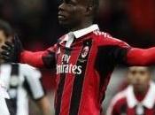 Juve risponde Napoli, Milan aggancia l'Inter