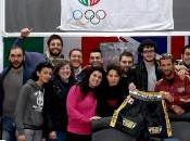pugili Dolce Gabbana Italia Thunder incontrano studenti universitari della