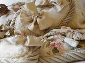 Shabby nest: cuori haute couture provenzali, chandeliers, cornici romantiche, Applique lampade recupero shabby