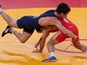 Olimpiadi Iran braccetto salvare lotta