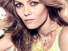 CAMPAIGN Vanessa Paradis H&M Camilla Arkans