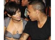 """Rihanna: """"Non sono capace seppellire sentimenti Chris Brown"""""""