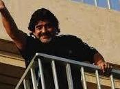 video spopola Maradona Alessandro Siani insieme hotel