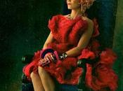 Elizabeth Banks Effie primo character poster Hunger Games: Ragazza Fuoco