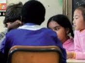 Famiglie immigrate, scuola multiculturale dialogo famiglia, sono alla base della società futuro