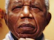 """Chinua Achebe /Rimane testimone della """"sua"""" Poesia"""