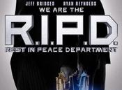 Jeff Bridges Ryan Reynolds armati fino denti primo poster R.I.P.D.