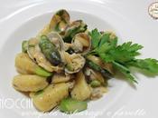 gnocchi alle vongole asparagi fave ricetta veloce