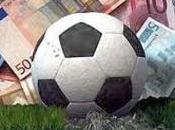 Premier: divario choc calciatori-lavoratori