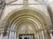 bestiario sulla facciata Duomo Fidenza