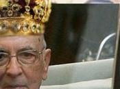 Napolitano eletto presidente dall'aldilà: Whoopi Goldberg panni della Camera