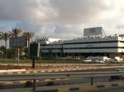 Autobomba Tripoli contro l'ambasciatore francese.