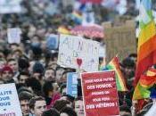 "Adozioni gay. Francia ""oui"", Italia ""no"""